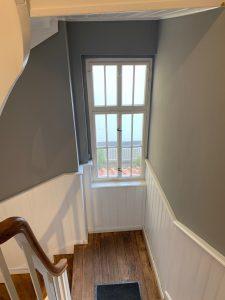 Treppenhaus mit Holztreppe 6